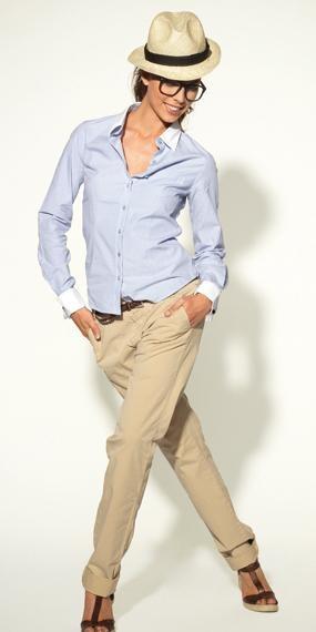 chemise et chino pour s'habiller pour un premier rendez-vous amoureux