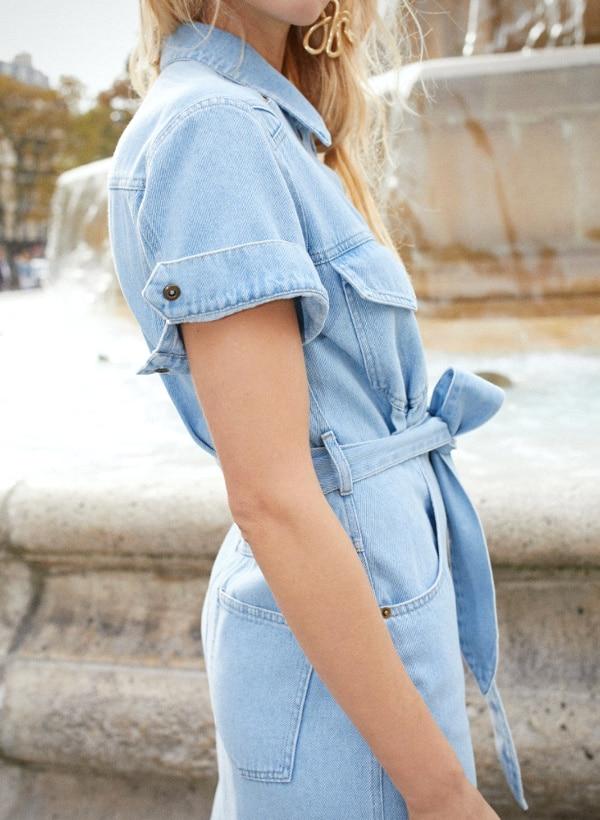 a56e56e8f77 porter la robe en jean en jouant sur la morphologie et les détails